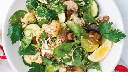 Salade de quinoa aux courgettes et au chou-fleur